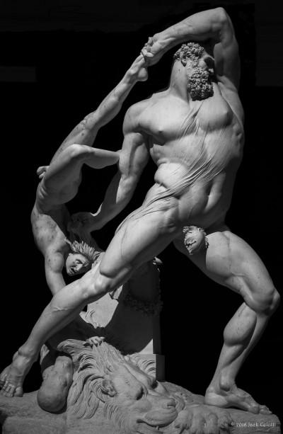 Antonio Canova, Ercole e Lica. Galleria Nazionale d'Arte Moderna di Roma.